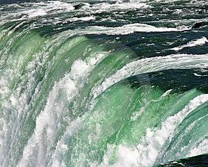 Au-dessus Du Bord Photo libre de droits - Image: 8654055