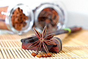 Anise Star Royalty Free Stock Images - Image: 8658069