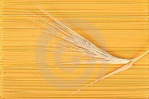 Spaghetti- Und Weizenstamm. Lizenzfreies Stockfoto - Bild: 8660955
