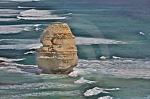 A Single Rock Formation Of Twelve Apostles Stock Photo - Image: 8661540
