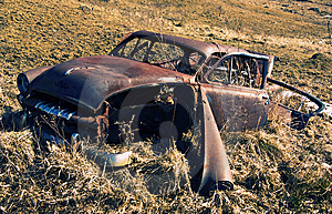 Old Rusty Abandoned Car In A Field Royalty Free Stock Image - Image: 8661726
