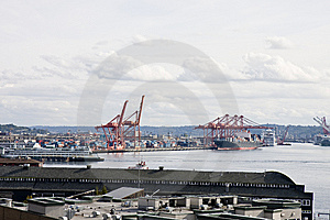 An Industrial Shipping Port And A Busy Harbor Stock Photos - Image: 8662943