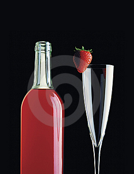 Wine Bottle & Strawberry Royalty Free Stock Photos - Image: 8662968