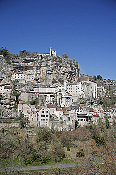 Rocamadour Si è Appollaiato Il Villaggio Fotografie Stock - Immagine: 8664213