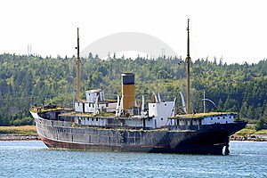 Shipwreck Royalty Free Stock Image - Image: 8680026