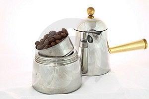 Moka Pot Stock Photo - Image: 8701140