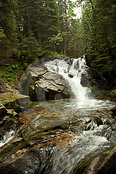 Running Water Royalty Free Stock Images - Image: 8711219