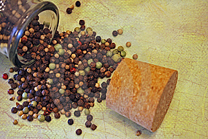 Spilt Pepper Royalty Free Stock Photography - Image: 8731947