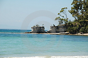 Hole In The Wall Beach Royalty Free Stock Image - Image: 8754866