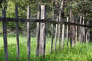 Old Fence In The Grass Royalty Free Stock Photos - Image: 8835128