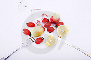 Fruit And Glass Royalty Free Stock Images - Image: 8918629