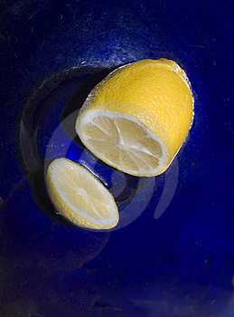 Lemon In A Blue Bowl Royalty Free Stock Image - Image: 8920696