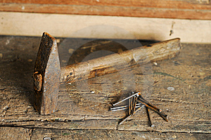 Hammer And Nails Royalty Free Stock Photo - Image: 8925035