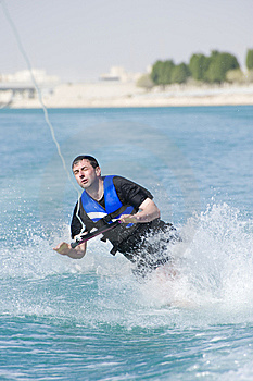 Wakeboarder Dans L'action Photo stock - Image: 8926130