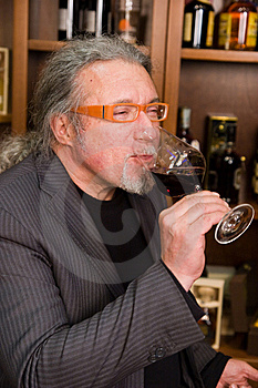 Drinking Wine Royalty Free Stock Images - Image: 8930969