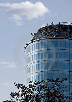 Climber On Skyscraper Royalty Free Stock Images - Image: 8946039