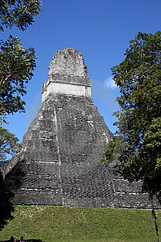 Tikal Temple Stock Photo - Image: 8947060