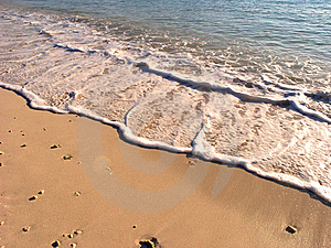 Waves On The Shore Stock Photography - Image: 8966292