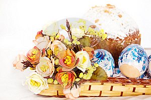 Easter Cake And Eggs Royalty Free Stock Photos - Image: 9032018