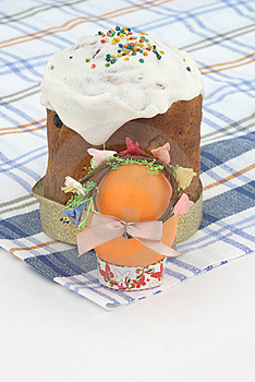 Easter Cake And Easter Egg Stock Images - Image: 9049734