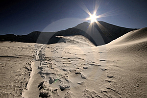 Sun And Mountain Stock Photos - Image: 9057473