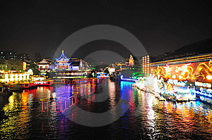 Night Scene Of Qinhuai River And Boats Stock Photos - Image: 9060873