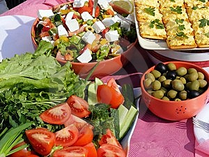 Vegetables And Sandwich Royalty Free Stock Photography - Image: 9076067