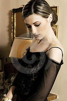Belle Femme De Brune Photo stock - Image: 9079690