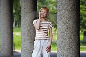 Girl Speak Cellular Royalty Free Stock Image - Image: 911366