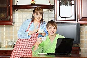 Newlyweds Royalty Free Stock Images - Image: 9215709