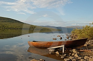 Lonely Boat Royalty Free Stock Images - Image: 9260249