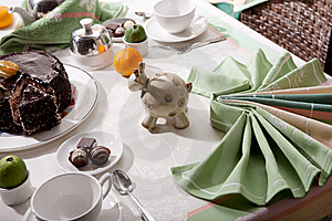 Served Table Royalty Free Stock Images - Image: 9325739