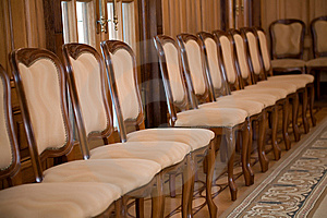 Stuhlreihe Lizenzfreie Stockfotos - Bild: 9345738