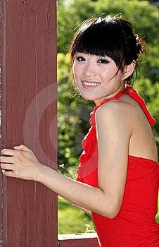 ασιατικό κορίτσι υπαίθρι&al Στοκ Φωτογραφία - εικόνα: 9351002
