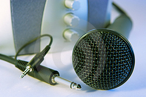 Plug And Sing Or Listen Royalty Free Stock Images - Image: 944919