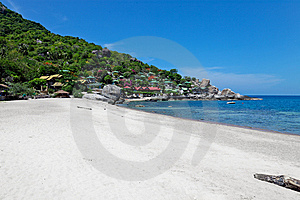 White Sand Bay With Coral Reefs Stock Photo - Image: 9458380