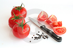 Fresh Tomatos, Pepper And Knife Stock Image - Image: 9460511