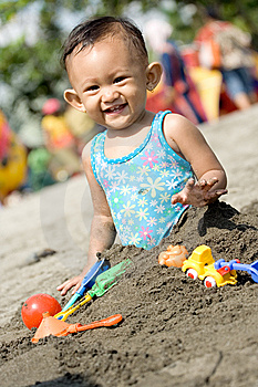 Baby Fun Play At The Beach Stock Photography - Image: 9488832