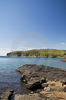 Lake Superior Shoreline Royalty Free Stock Photo - Image: 9544675