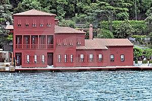 Homes Along The Bosporus Turkey Stock Images - Image: 9547714