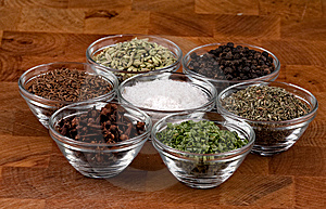 Indian Spices Stock Images - Image: 9557344