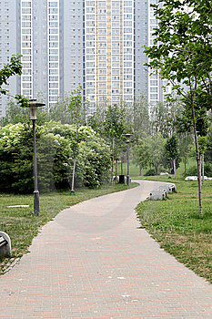 Path In The Residential Area Royalty Free Stock Images - Image: 9567689