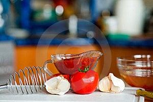 Preparing Tomato Poignant Sauce Royalty Free Stock Image - Image: 9582236