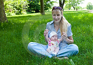 Baby And Mom Outdoors Royalty Free Stock Photos - Image: 9595158