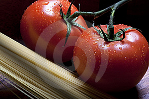 Tomatos And Pasta Royalty Free Stock Image - Image: 9701026