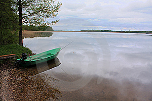 Boat On The Lake Royalty Free Stock Image - Image: 9706506