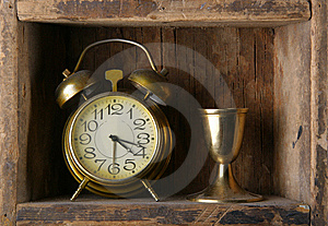 Old Dusty Alarm Clock Royalty Free Stock Images - Image: 9709059