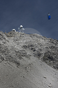 Valluga Summit Cable Car Royalty Free Stock Images - Image: 9749639