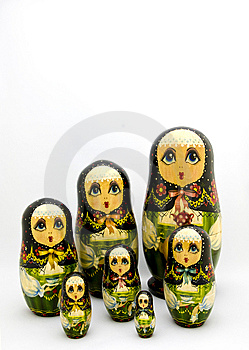 Matryoshka Verschachtelte Russische Puppen Lizenzfreie Stockfotografie - Bild: 9826917