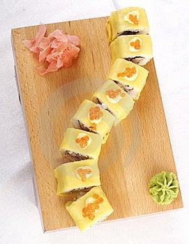 Sushi Hotate Avocado Maki Royalty Free Stock Image - Image: 9835846